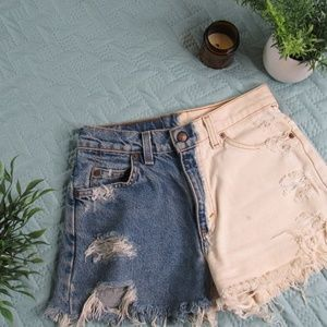 Two-Toned Levis Vintage Shorts